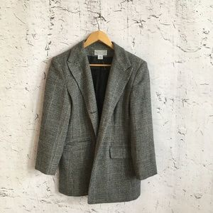 SAKS FIFTH AVENUE GREY PLAID BLAZER 12